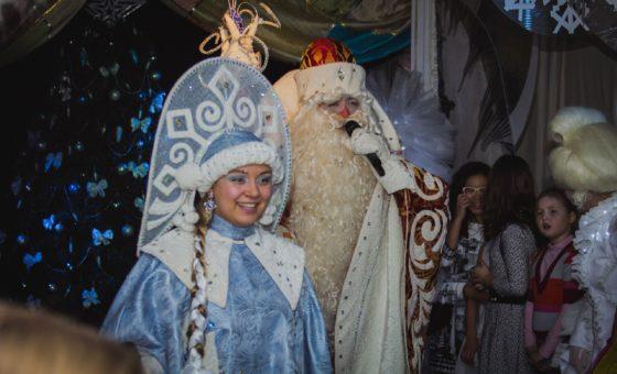 Приключения у Новогодней Ёлки